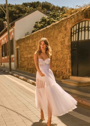 ELENA, Muse by Berta