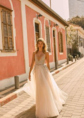 ELLEN, Muse by Berta