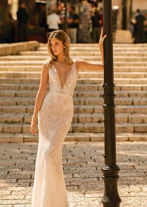EMMA, Muse by Berta