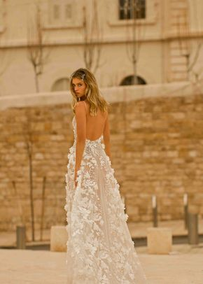 EVE, Muse by Berta