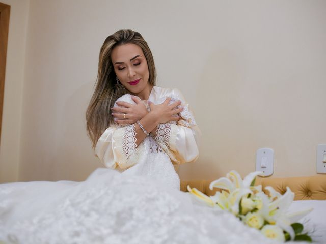 O casamento de Yuri e Caroline em Cáceres, Mato Grosso 4