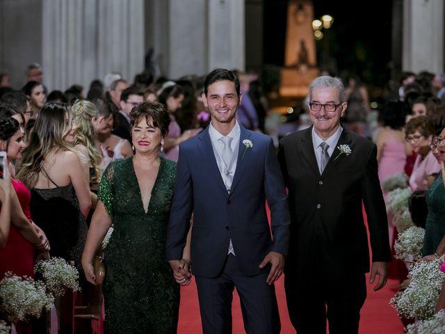 O casamento de Yuri e Caroline em Cáceres, Mato Grosso 10