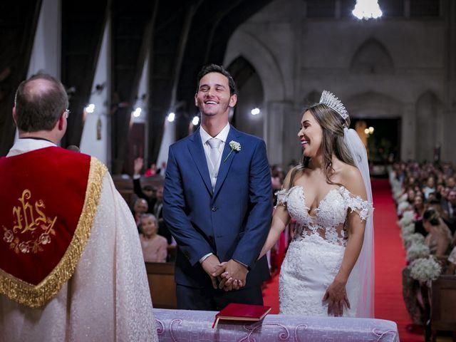 O casamento de Yuri e Caroline em Cáceres, Mato Grosso 17