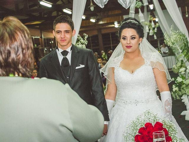O casamento de Alessandro e Karina em Piraquara, Paraná 5