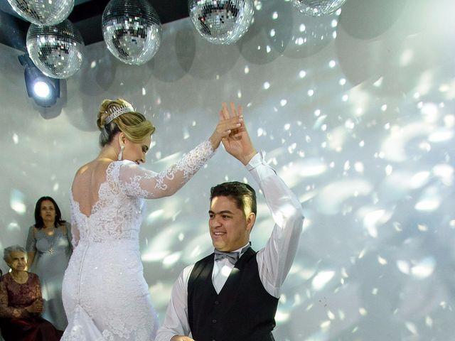 O casamento de Fernando e Telene em Belo Horizonte, Minas Gerais 23