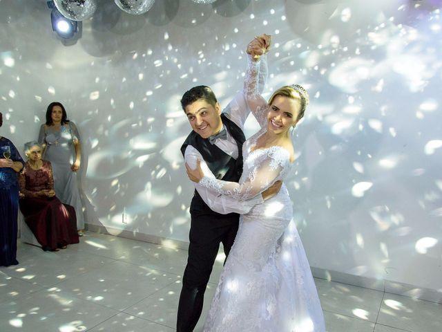 O casamento de Fernando e Telene em Belo Horizonte, Minas Gerais 24