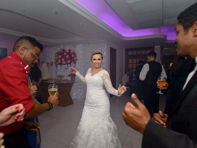 O casamento de Fernando e Telene em Belo Horizonte, Minas Gerais 26