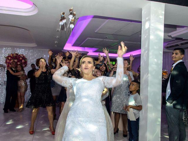 O casamento de Fernando e Telene em Belo Horizonte, Minas Gerais 37