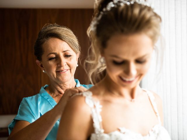 O casamento de Giovani e Carol em Curitiba, Paraná 24