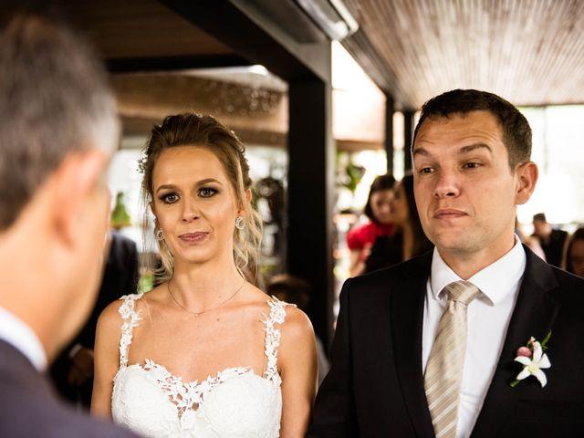 O casamento de Giovani e Carol em Curitiba, Paraná 60