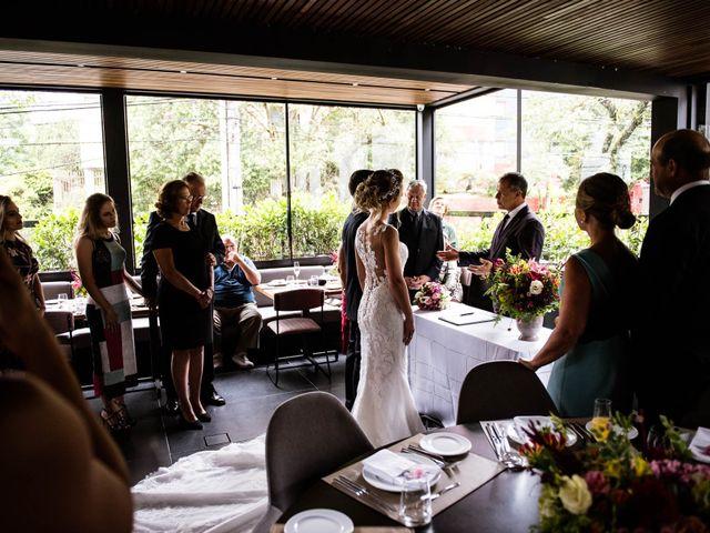 O casamento de Giovani e Carol em Curitiba, Paraná 61