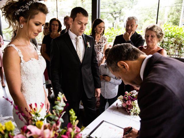 O casamento de Giovani e Carol em Curitiba, Paraná 69