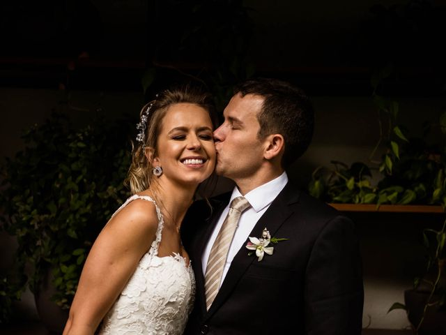 O casamento de Giovani e Carol em Curitiba, Paraná 83