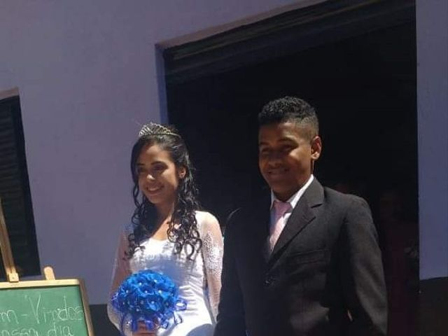 O casamento de Maria de Fátima  e Antonío da Cruz  em Beneditinos, Piauí 4