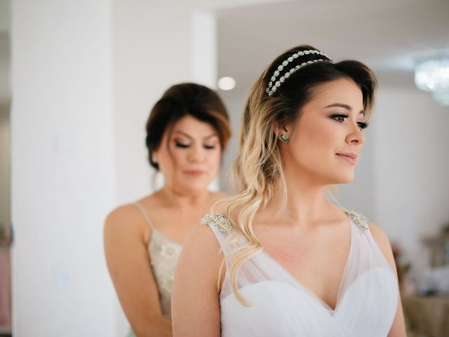 O casamento de Marcos e Isabelle em Curitiba, Paraná 24