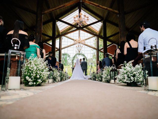O casamento de Marcos e Isabelle em Curitiba, Paraná 41