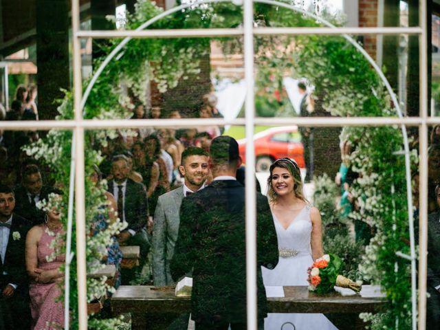 O casamento de Marcos e Isabelle em Curitiba, Paraná 42