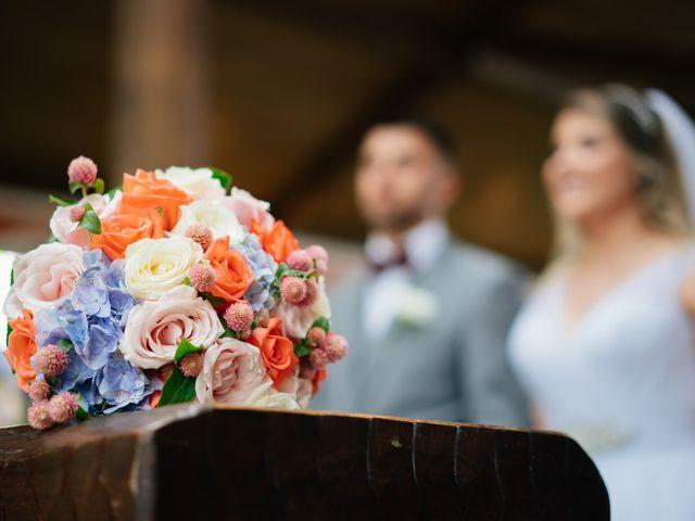 O casamento de Marcos e Isabelle em Curitiba, Paraná 44