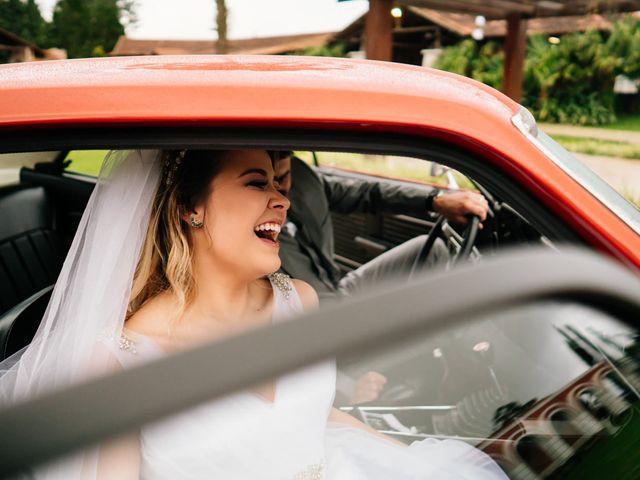 O casamento de Marcos e Isabelle em Curitiba, Paraná 51