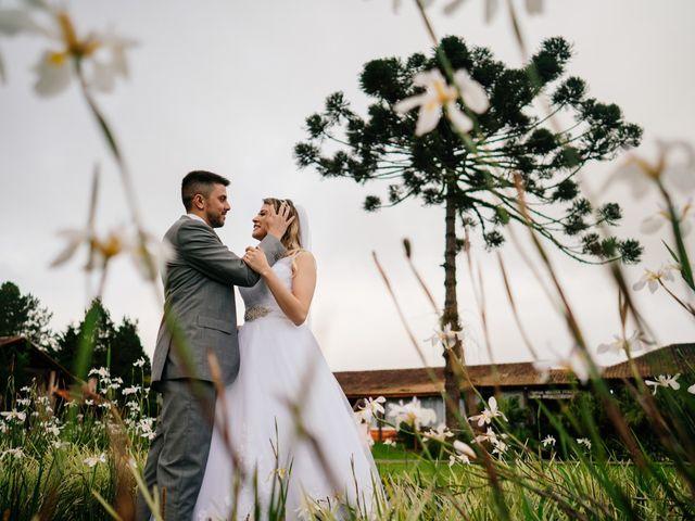 O casamento de Marcos e Isabelle em Curitiba, Paraná 53