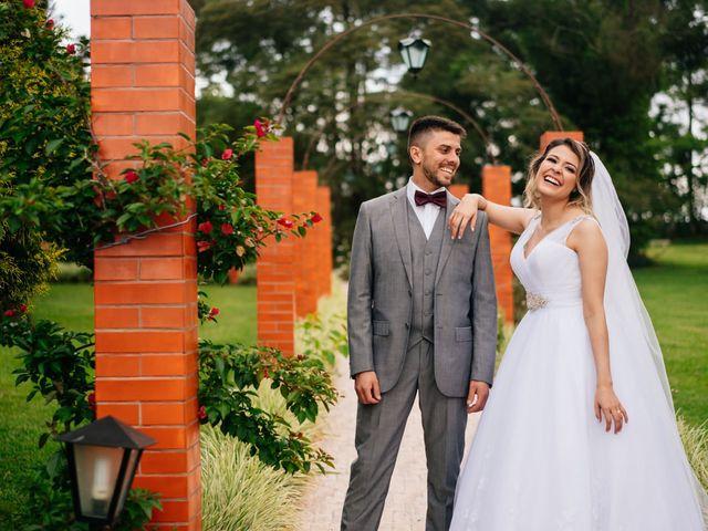O casamento de Marcos e Isabelle em Curitiba, Paraná 55