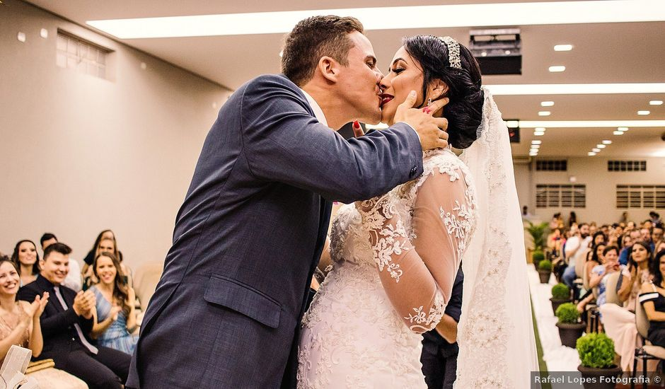 O casamento de Mariane e Vitor em São Joaquim da Barra, São Paulo