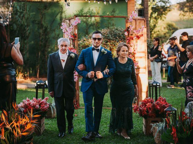 O casamento de Vicente e Laura em Muriaé, Minas Gerais 54