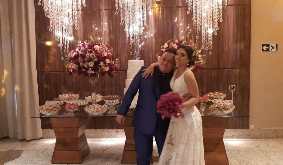 O casamento de Guilherme De Oliveira Resende  e Ana Carolina Xavier dos Santos  em Belo Horizonte, Minas Gerais