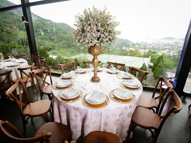 O casamento de Airton e Luize em Itapema, Santa Catarina 15