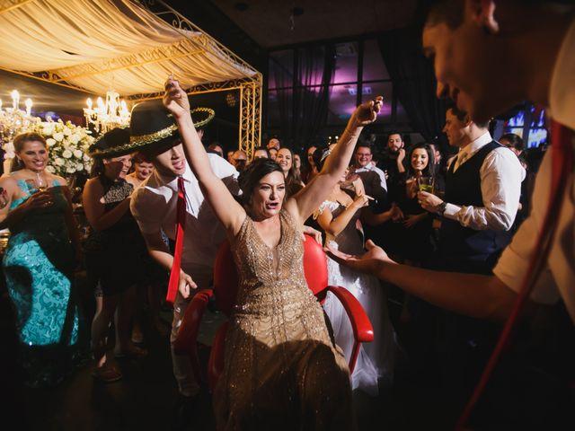 O casamento de Airton e Luize em Itapema, Santa Catarina 62