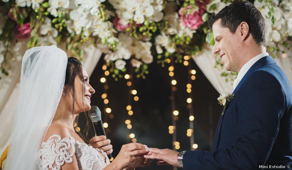 O casamento de Airton e Luize em Itapema, Santa Catarina