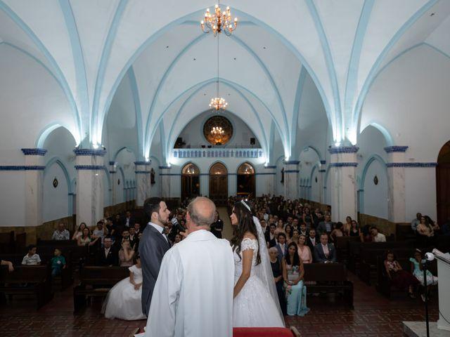 O casamento de Lucas e Fernanda em Alfenas, Minas Gerais 24