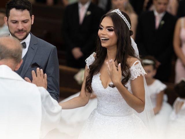 O casamento de Lucas e Fernanda em Alfenas, Minas Gerais 26