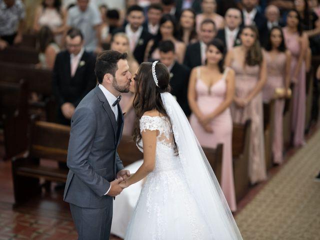 O casamento de Lucas e Fernanda em Alfenas, Minas Gerais 31