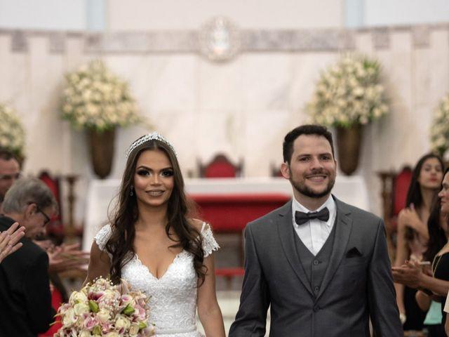 O casamento de Lucas e Fernanda em Alfenas, Minas Gerais 33