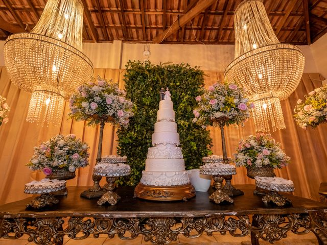 O casamento de Lucas e Fernanda em Alfenas, Minas Gerais 35
