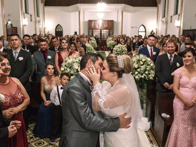 O casamento de Sebastião e Denise em Irati, Paraná 14