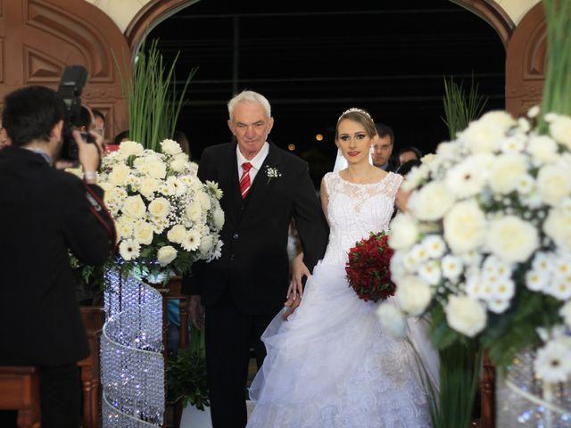 O casamento de Amarildo e Ana Carolina em Barbacena, Minas Gerais 9
