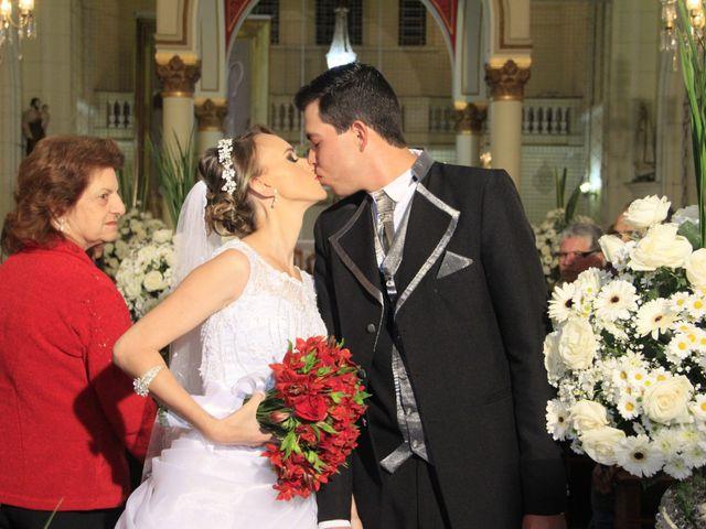 O casamento de Amarildo e Ana Carolina em Barbacena, Minas Gerais 13