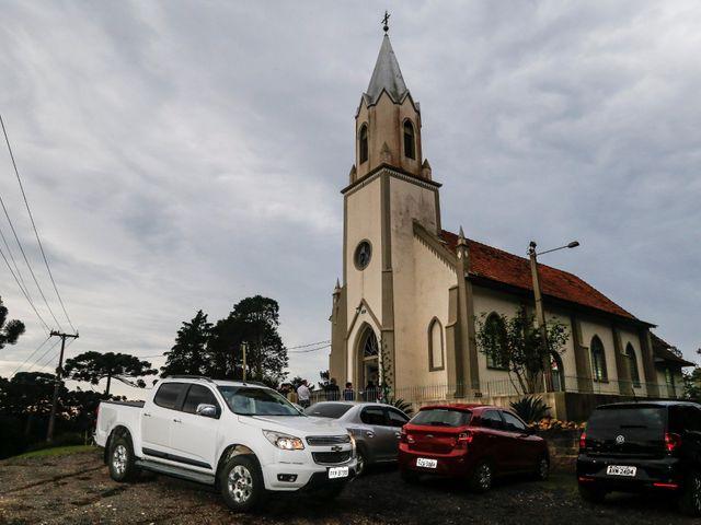 O casamento de Alessandro e Jucemara em São José dos Pinhais, Paraná 12