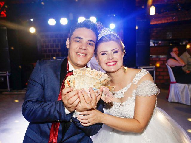 O casamento de Alessandro e Jucemara em São José dos Pinhais, Paraná 37