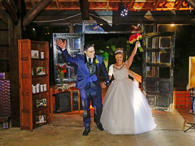 O casamento de Alessandro e Jucemara em São José dos Pinhais, Paraná 45