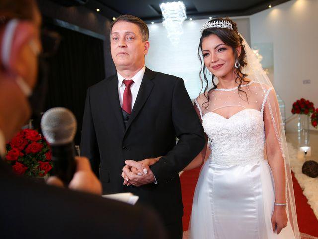 O casamento de Marcos e Catiane em Guarulhos, São Paulo 99