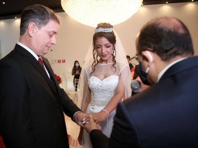 O casamento de Marcos e Catiane em Guarulhos, São Paulo 110