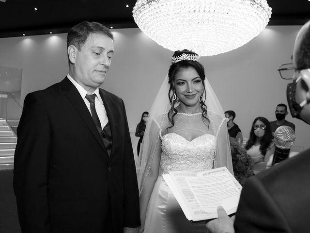 O casamento de Marcos e Catiane em Guarulhos, São Paulo 111