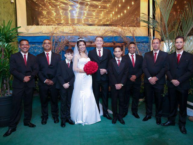 O casamento de Marcos e Catiane em Guarulhos, São Paulo 117