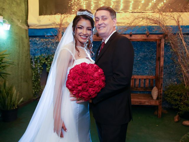 O casamento de Marcos e Catiane em Guarulhos, São Paulo 119