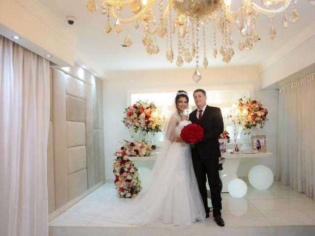 O casamento de Marcos e Catiane em Guarulhos, São Paulo 123
