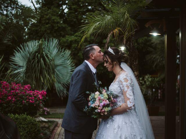O casamento de Marlon e Rafaela em Pato Branco, Paraná 14