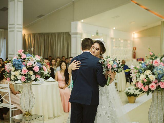 O casamento de Marlon e Rafaela em Pato Branco, Paraná 18